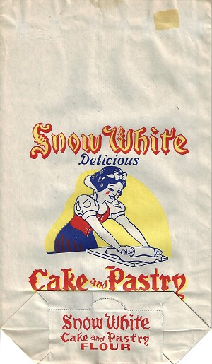 Vintage SNOW WHITE cake & pastry flour bag, Great graphics, 15 x 8.5 in